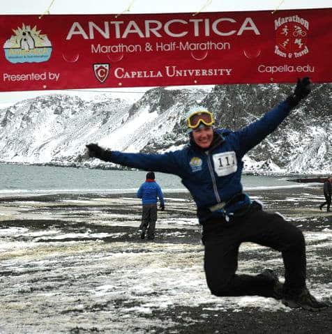 antarctica-marathon-finish